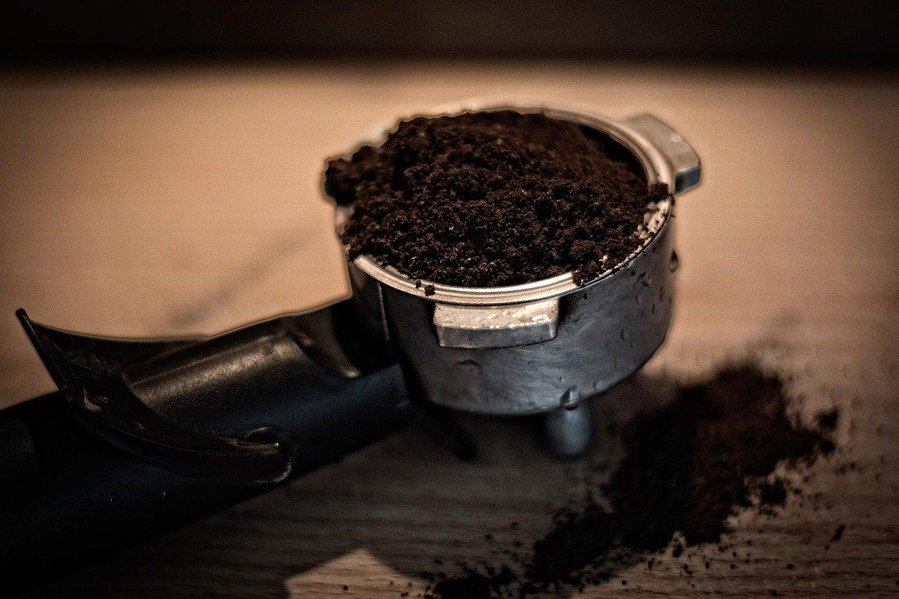 leer los posos del café